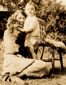 1925, Phyllis left with Mary ( peggy ) Haslam