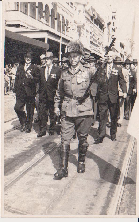 - eric-stubbs-1966-anzac-parade