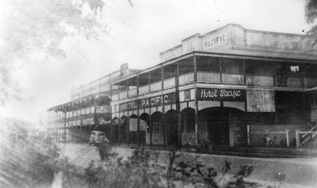 Hotel_Pacific_in_Cairns,_ca._1936