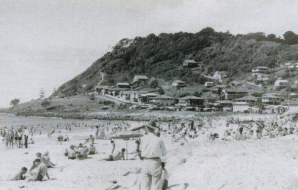 burleigh beach scene 1948
